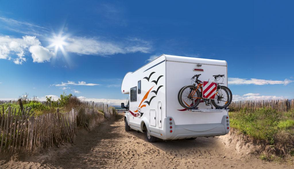 Op vakantie met de motorhome of caravan! Zelfs deze zomer kan het nog...